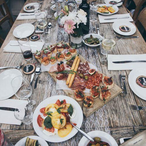 3 tips om thuis een geweldig lopend buffet samen te stellen